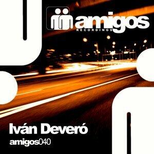 Iván Deveró 歌手頭像