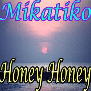Honey Honey 歌手頭像