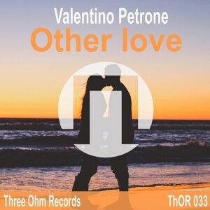 Valentino Petrone 歌手頭像