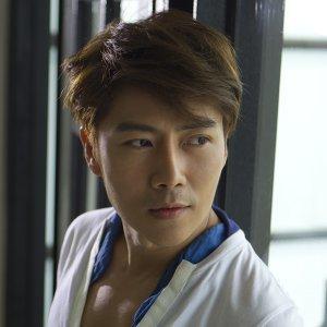 黃啟銘 (Ming Huang) 歌手頭像