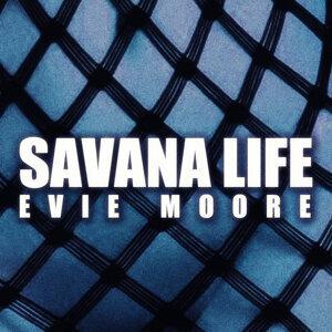 Evie Moore 歌手頭像
