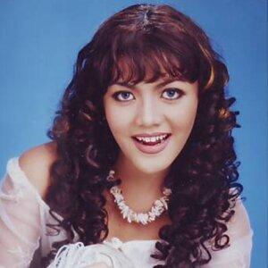 Ria Amelia 歌手頭像