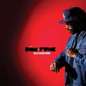 Dam-Funk 歌手頭像