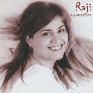 Raji アーティスト写真