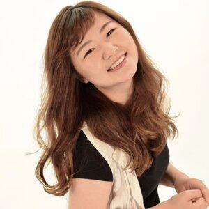 顔麗 (Kaori)