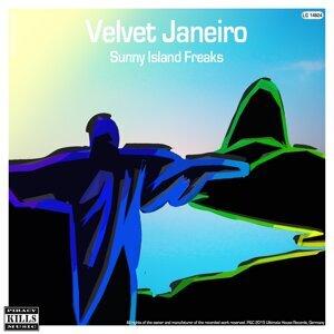 Sunny Island Freaks 歌手頭像