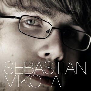 Sebastian Mikolai アーティスト写真