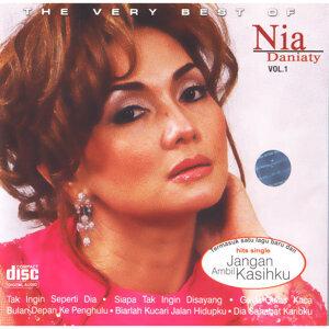 Nia Daniaty 歌手頭像