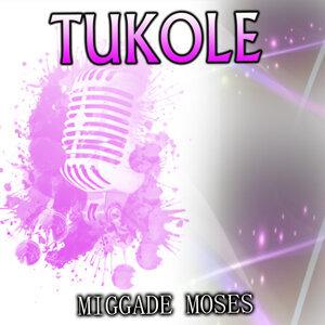 Miggade Moses 歌手頭像