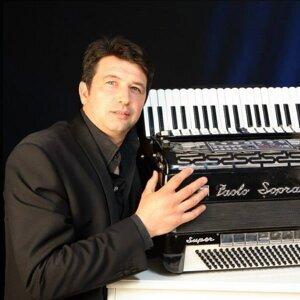 Antonio Rossi 歌手頭像