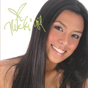 Nikki Gil 歌手頭像