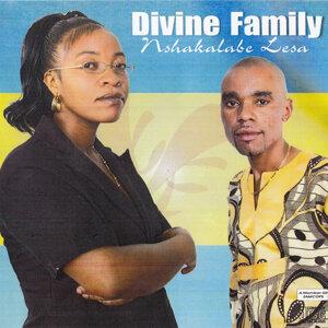 Divine Family 歌手頭像