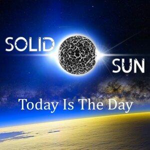 Solid Sun 歌手頭像
