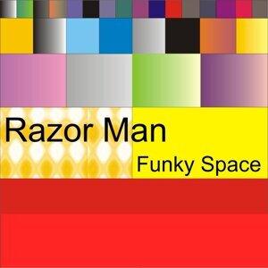 Razor Man 歌手頭像