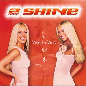 2Shine アーティスト写真