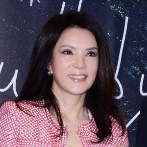 Tracy Huang (黃鶯鶯)