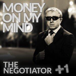 The Negotiator +1 歌手頭像
