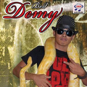 Demy 歌手頭像
