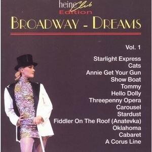 Broadway Dreams I 歌手頭像