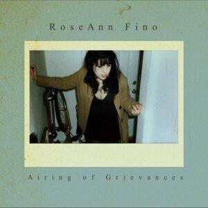 RoseAnn Fino 歌手頭像