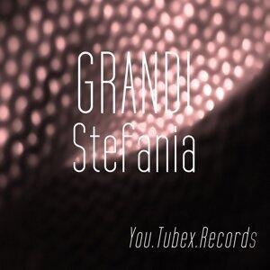 Grandi 歌手頭像