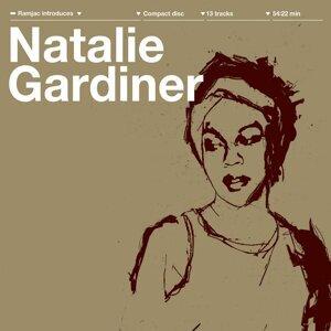 Natalie Gardiner 歌手頭像