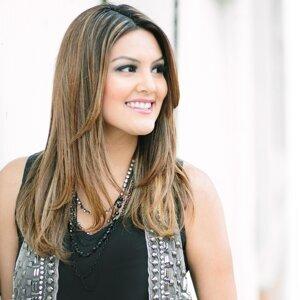 Monica Padilla 歌手頭像