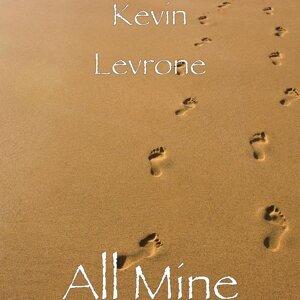 Kevin Levrone, Matt Ascione 歌手頭像