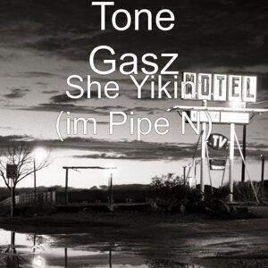 Tone Gasz 歌手頭像