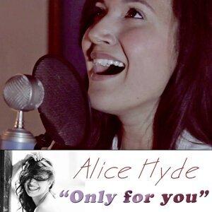 Alice Hyde 歌手頭像