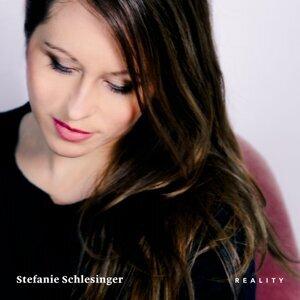 Stefanie Schlesinger 歌手頭像
