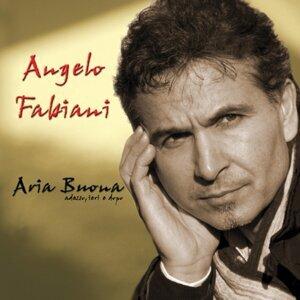 Angelo Fabiani 歌手頭像