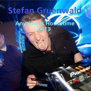 Stefan Gruenwald 歌手頭像