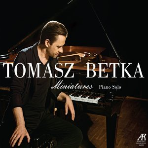 Tomasz Betka 歌手頭像