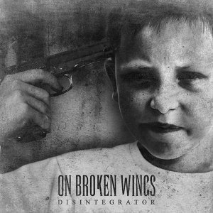 On Broken Wings 歌手頭像