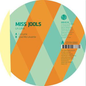 Miss Jools 歌手頭像