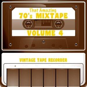 Vintage Tape Recorder 歌手頭像