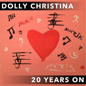 Dolly Christina 歌手頭像