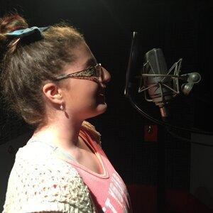 Katherine Balasa 歌手頭像