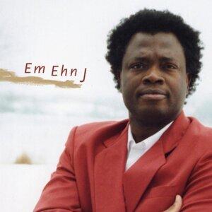 Em Ehn J 歌手頭像