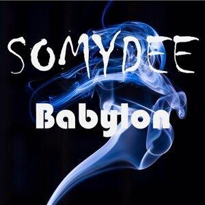 Somydee 歌手頭像