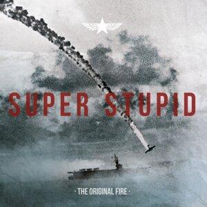 Super Stupid 歌手頭像