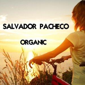 Salvador Pacheco 歌手頭像