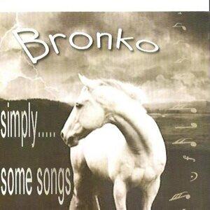 Bronko 歌手頭像