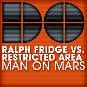 Ralph Fridge vs. Restricted Area 歌手頭像
