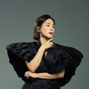 彭佳慧 (Julia Peng)