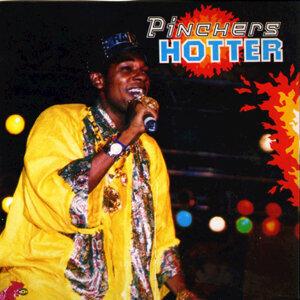 Pinchers 歌手頭像