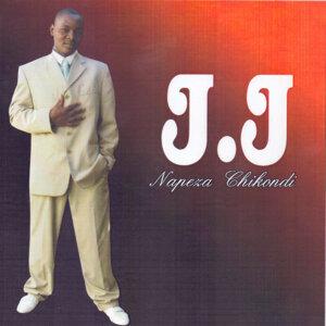 J J 歌手頭像