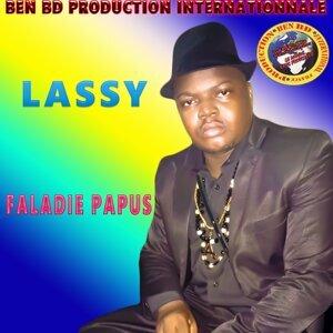 Lassy 歌手頭像