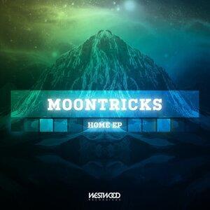 Moontricks 歌手頭像